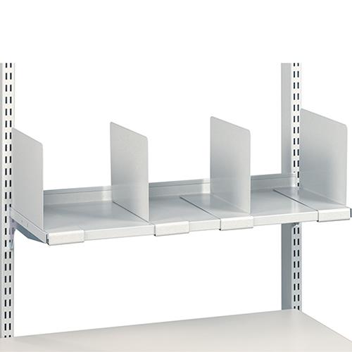 Sovella Nederland Treston legbord op een werktafel en inpaktafel met flexibele verdelers